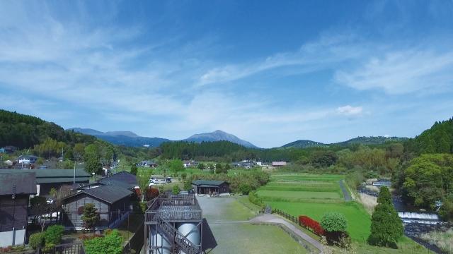 明るい農村(株式会社 霧島町蒸留所)