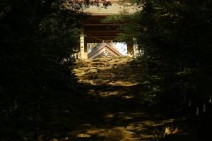 東霧島神社(つまきりしまじんしゃ)