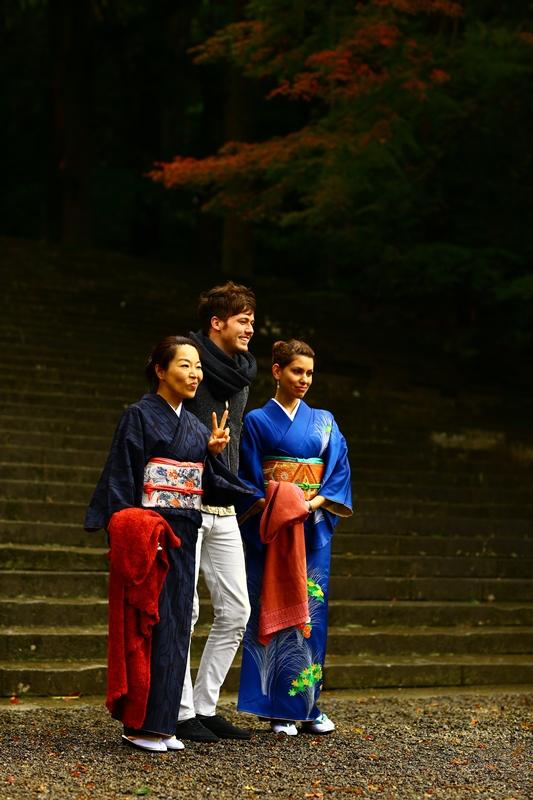 和服で参拝、ぶらり霧島神宮。12月4日のお客様