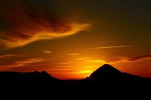 霧島 朝の恵みと輝き