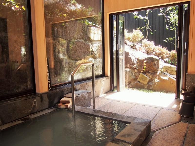 晴れの日こそ温泉でしょう?