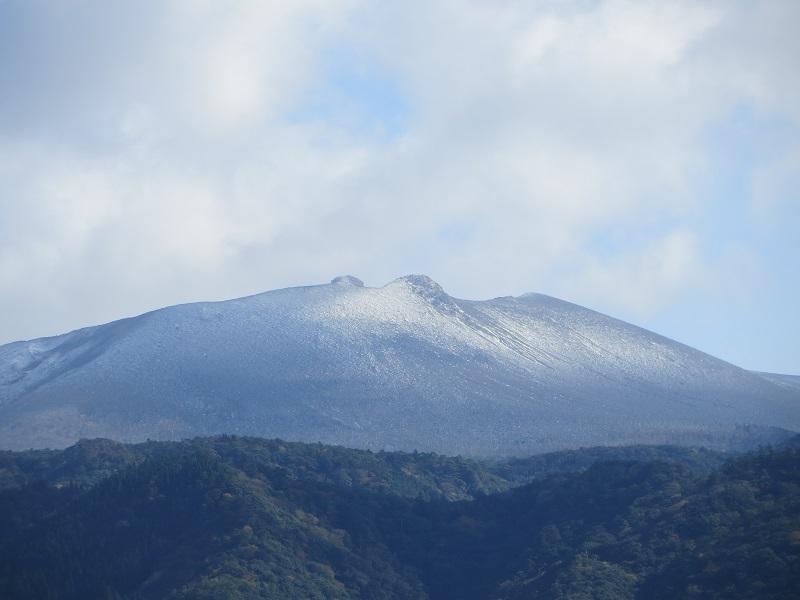霧島連山が初冠雪しました!