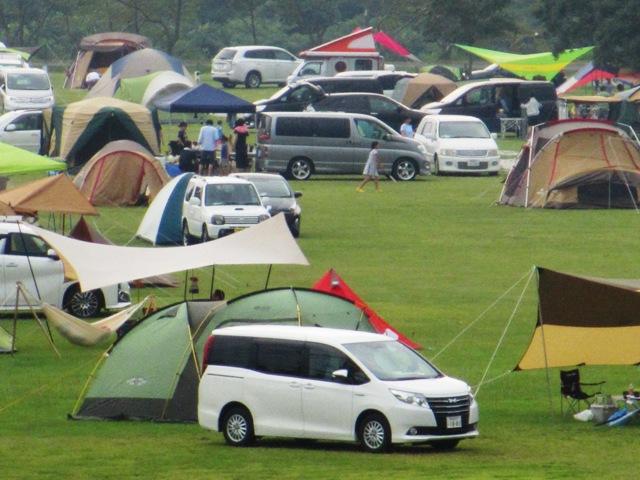 霧島高原のキャンプ