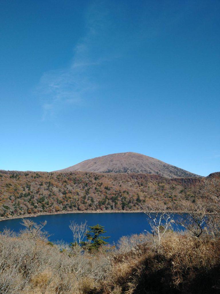 今日の霧島連山・大浪の池