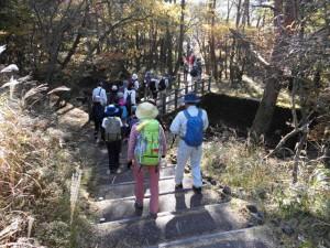霧島連山トレッキングイベントを開催しました。10月25日