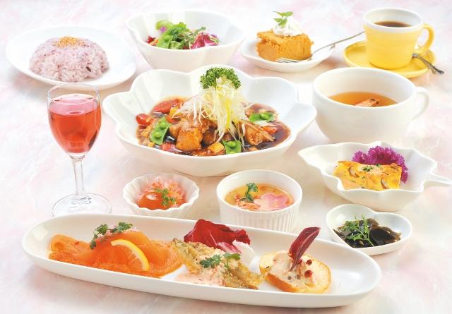 黒酢レストラン 黒酢の郷 桷志田(かくいだ)